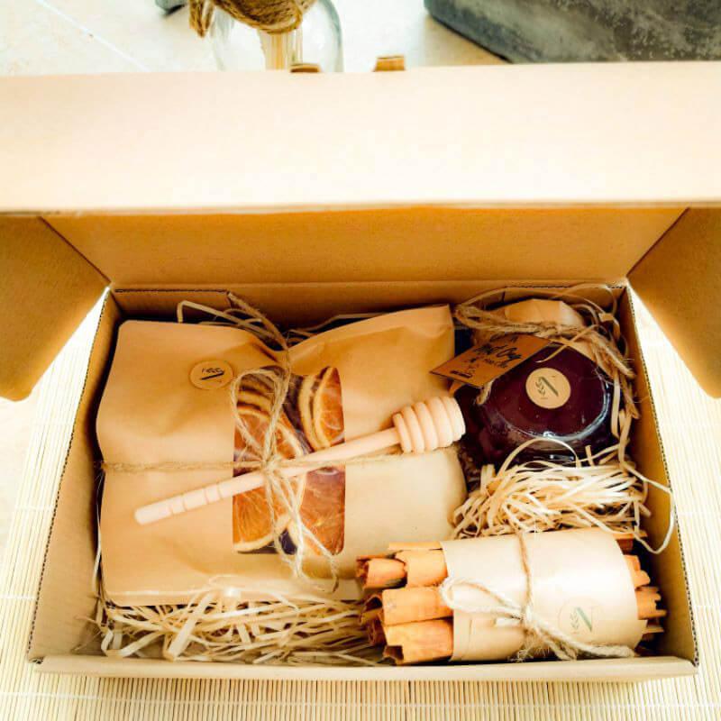 Set quà tặng mật ong cao nguyên cam quế làm quà tặng sinh nhật bạn nữ đẹp rẻ