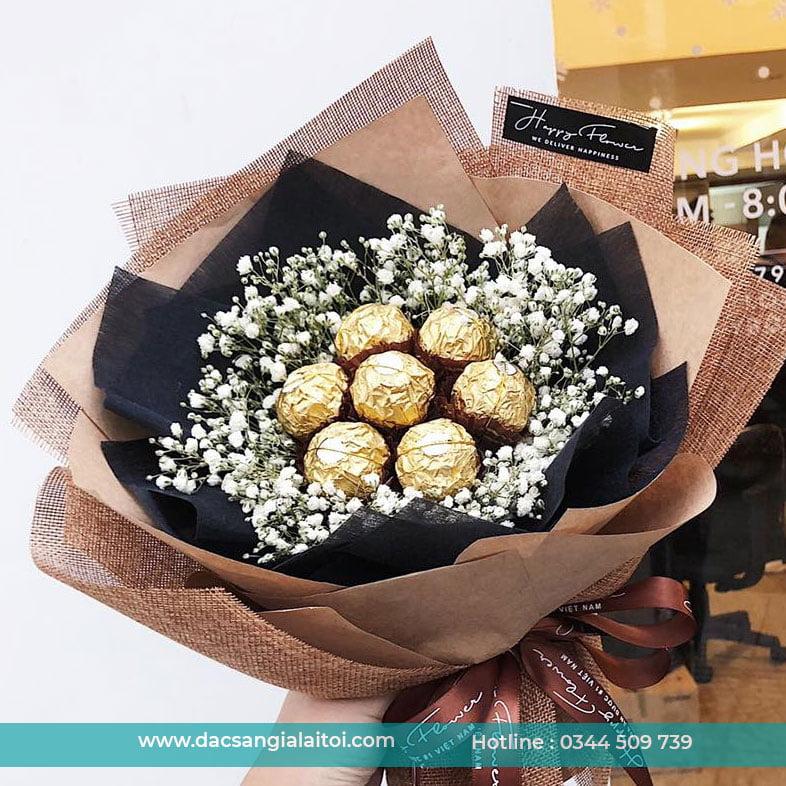 Bó hoa sô cô la làm quà tặng cho bạn gái